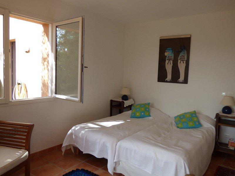 BARGEMON : Belle villa avec piscine et jolie vue
