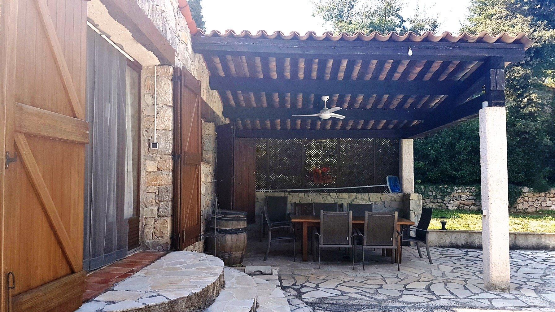 Seillans: house with garden