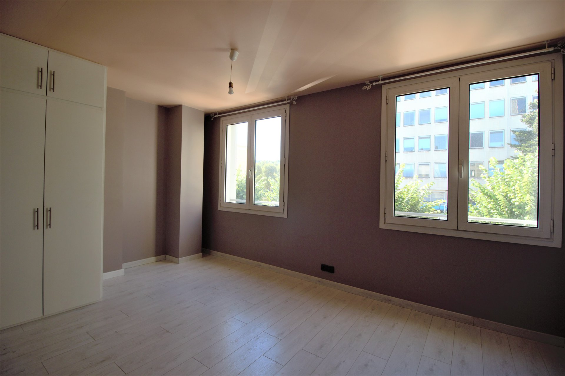 GRAND APPARTEMENT ROUEN RIVE SUD