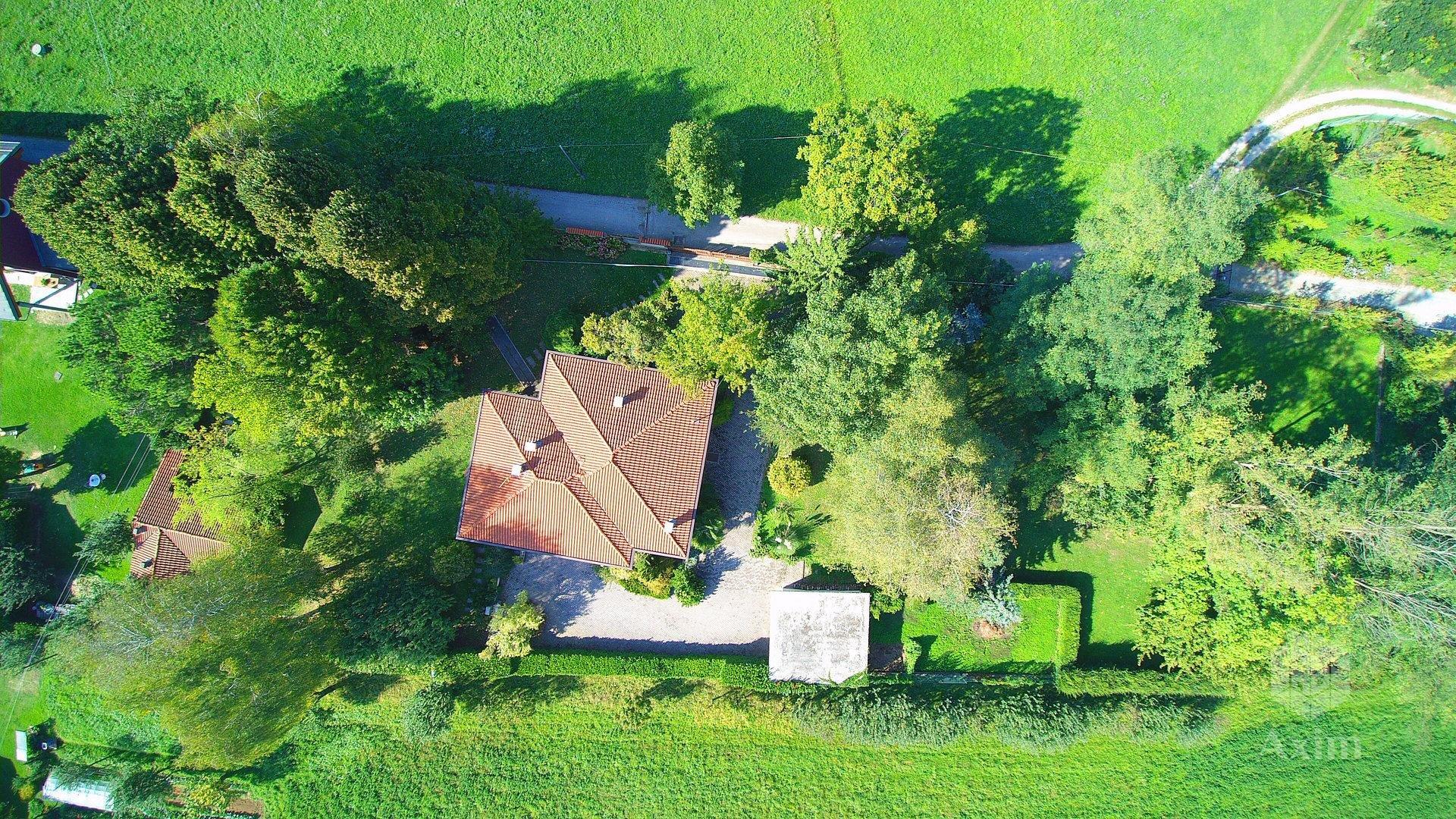 Villetta in campagna a pochi km dal centro di Caraglio