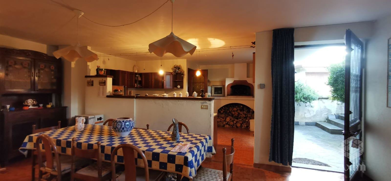 Villa a few km from the village center of Caraglio