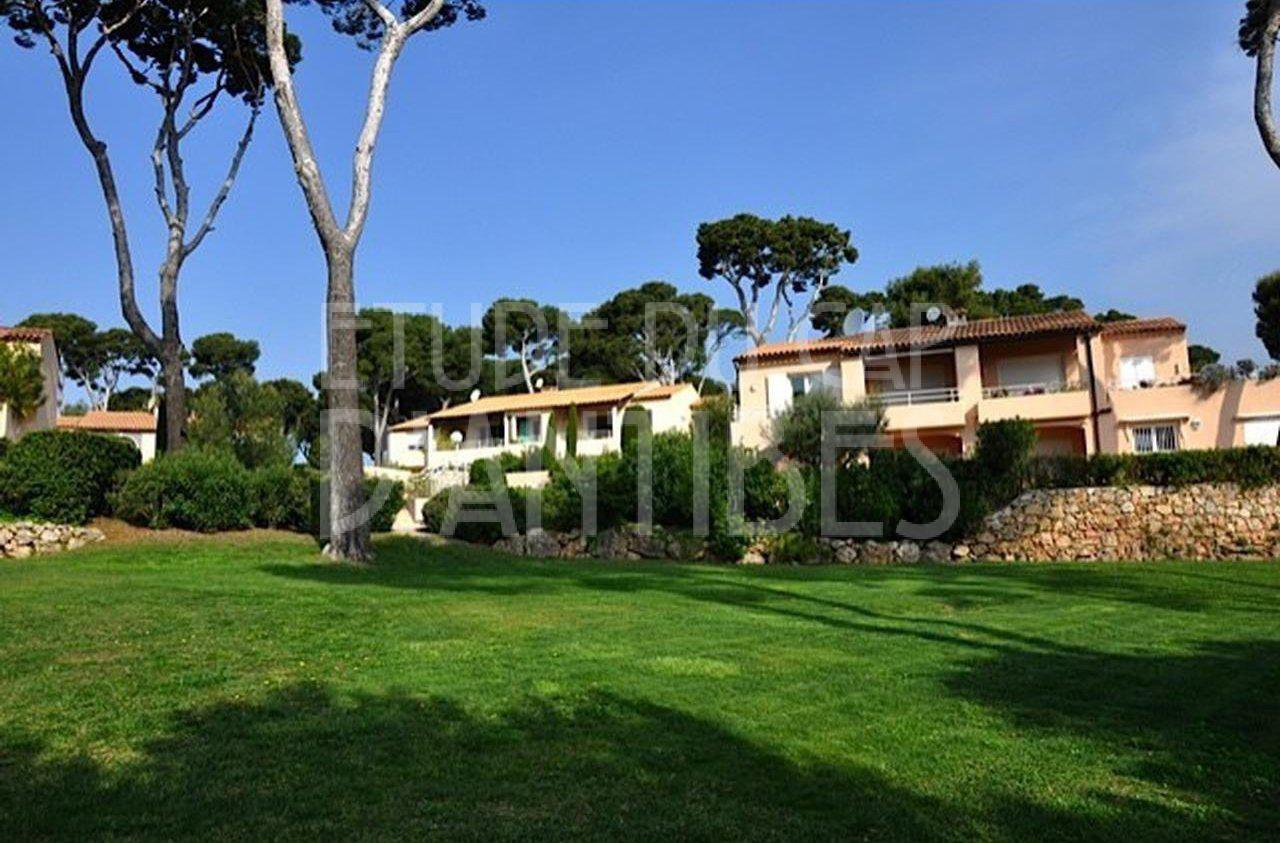Cap d'Antibes - 2/3 bedroom apart to rent - close to Garoupe