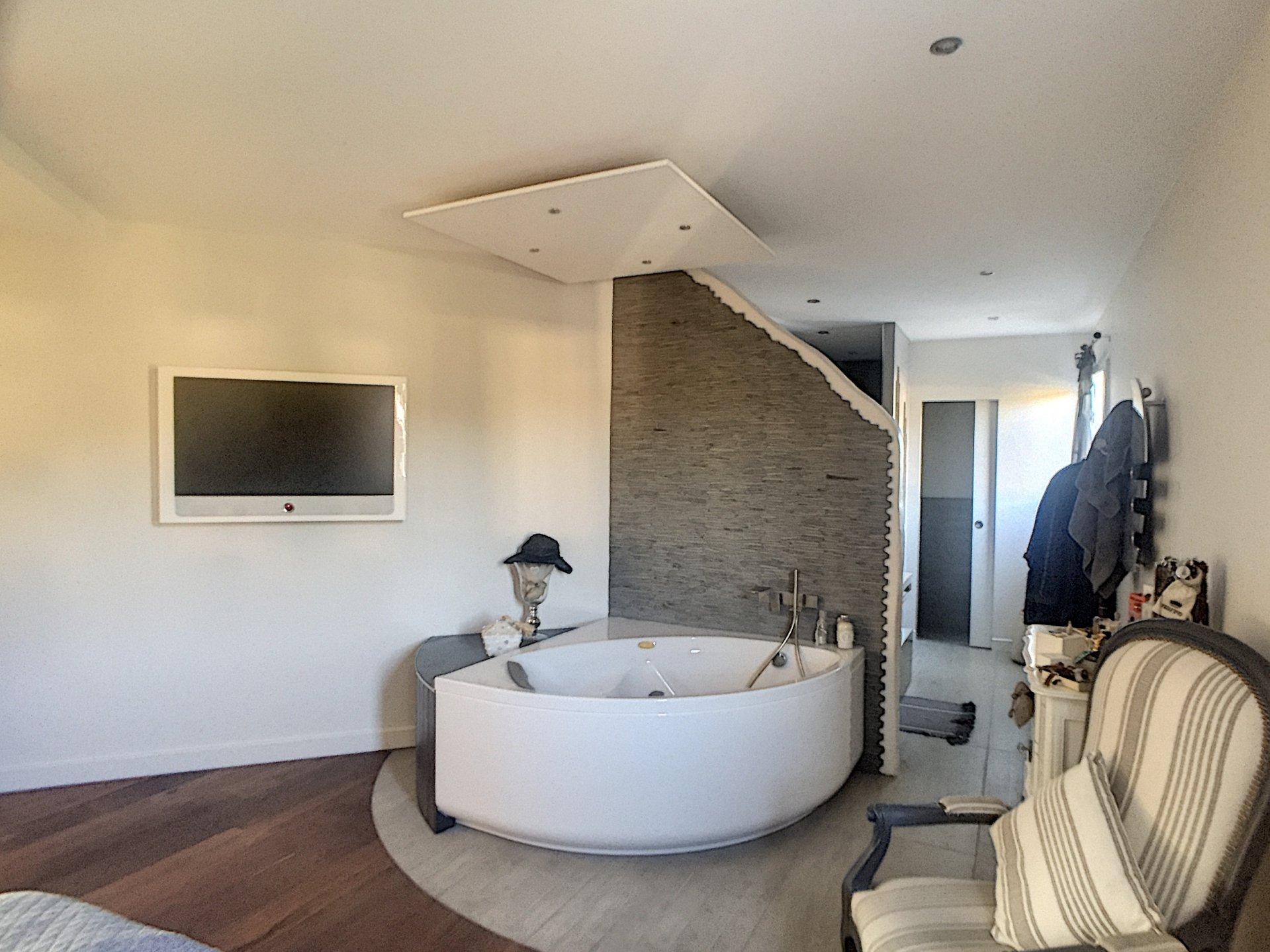 RIVAS maison contemporaine 170m²