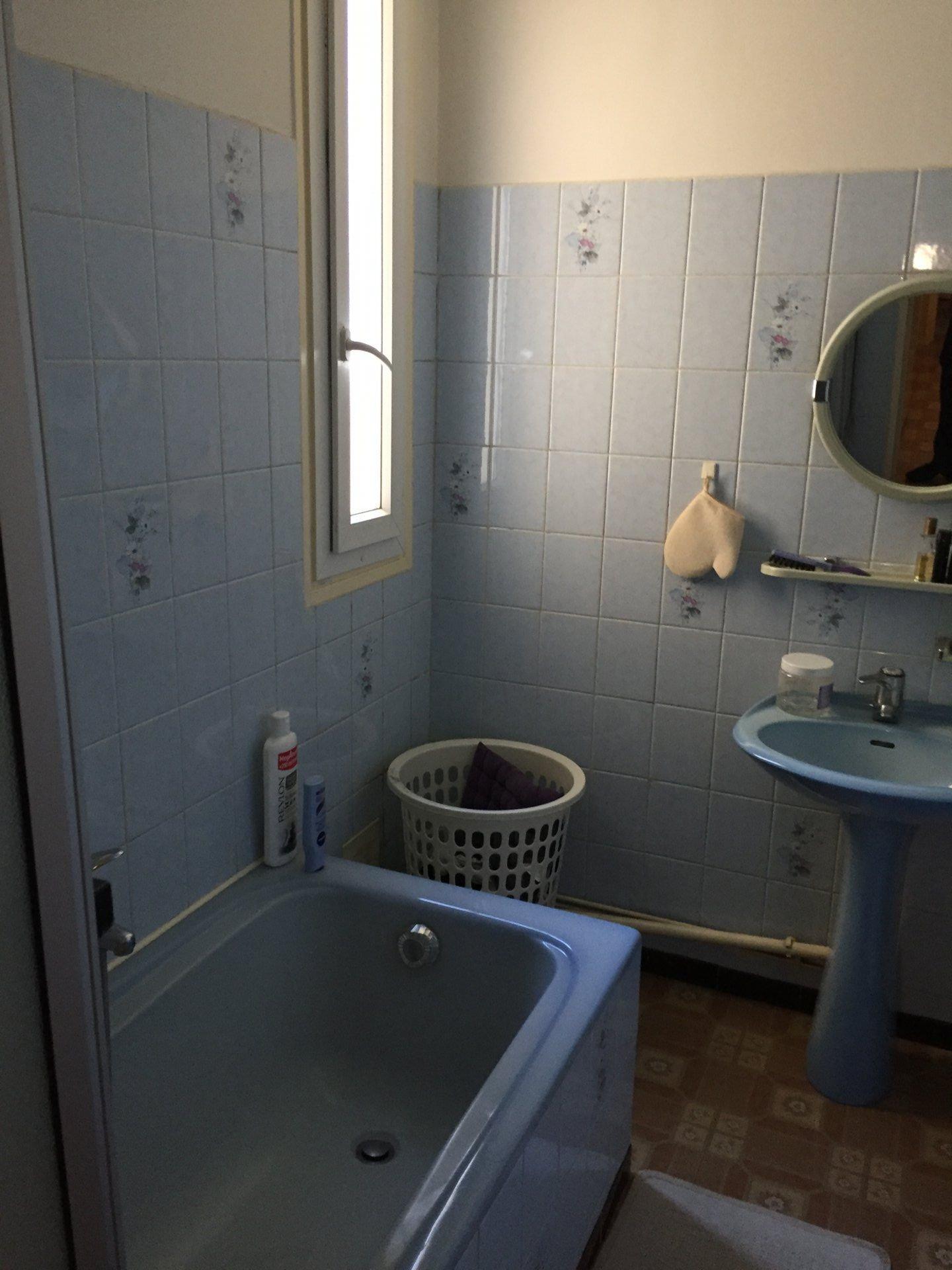 3P BAGNEUX, 54 m² proche ligne 4