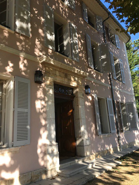 Superb renovated elegant Bastide 11 bedrooms.