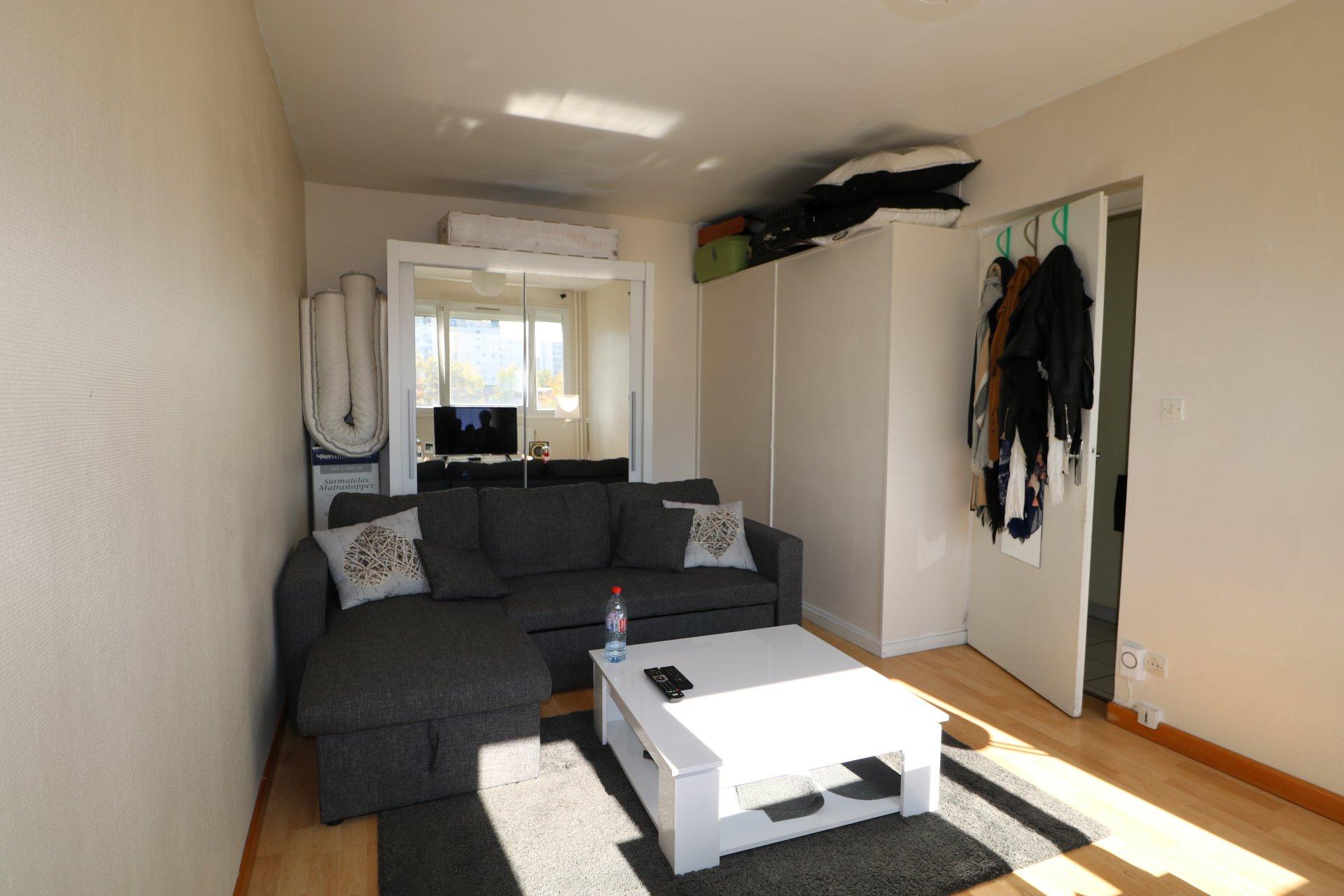 Studio loué de 32 m² avec garage