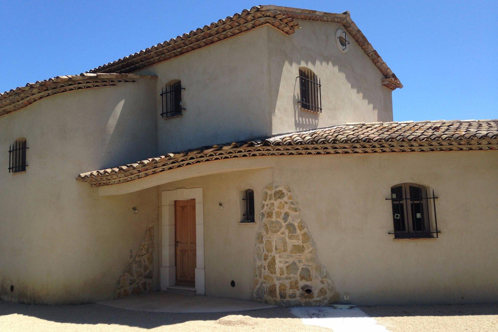 New Provencal villa