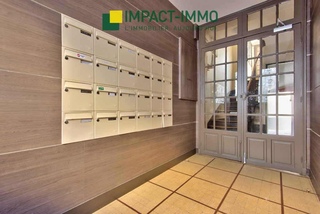 Sale Apartment - Levallois-Perret