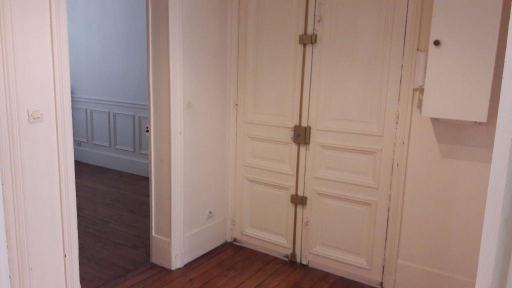 Appartement 3 pièces à Levallois proche du Parc de la Planchette