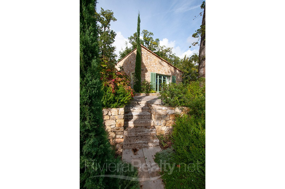 Co-exclu. Hilltop Bastide with Sea View