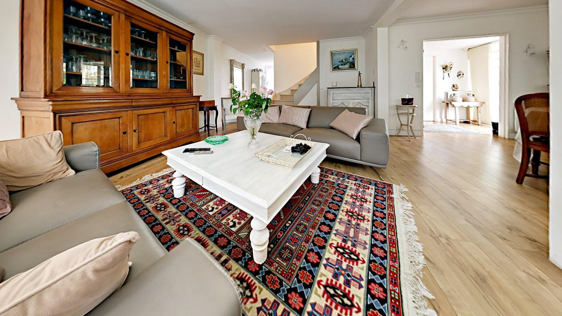 Le Pecq 78230 –RER A Vente Maison 7 pièces, 5 chambres