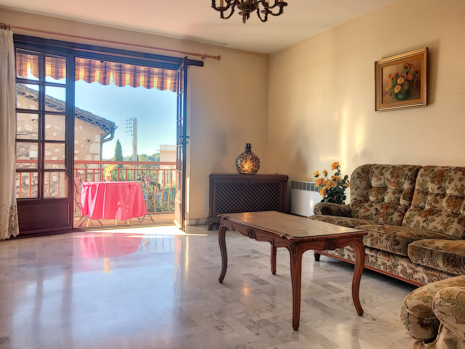 Apartment in Vence with balcony close to the village