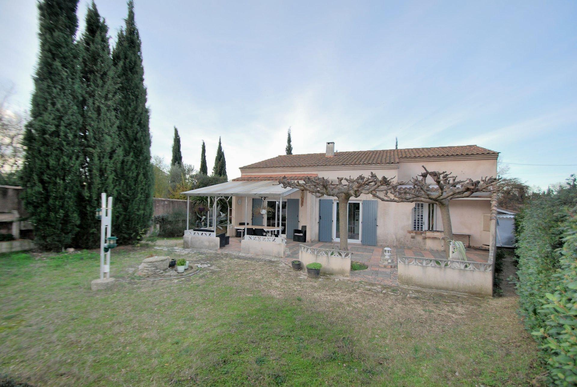 Sale House - Mas-Blanc-des-Alpilles