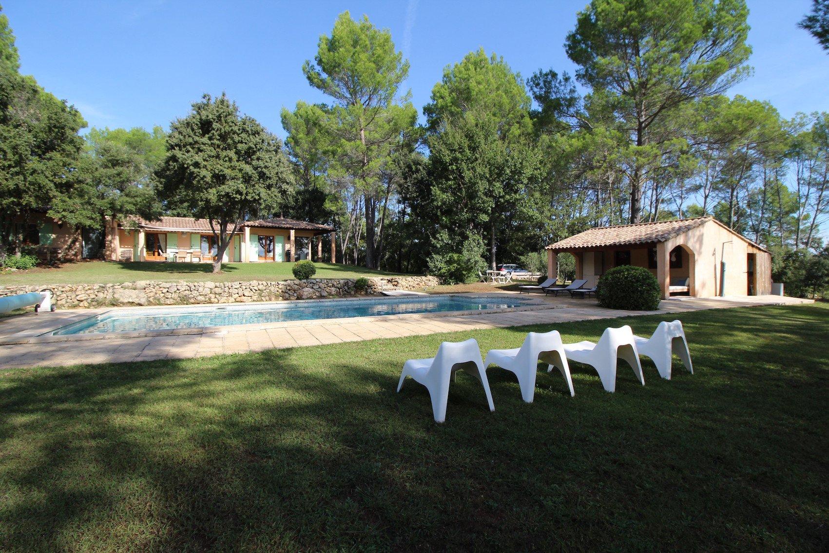 Cotignac, une maison pleine de charme dans un cadre campagne exceptionnel