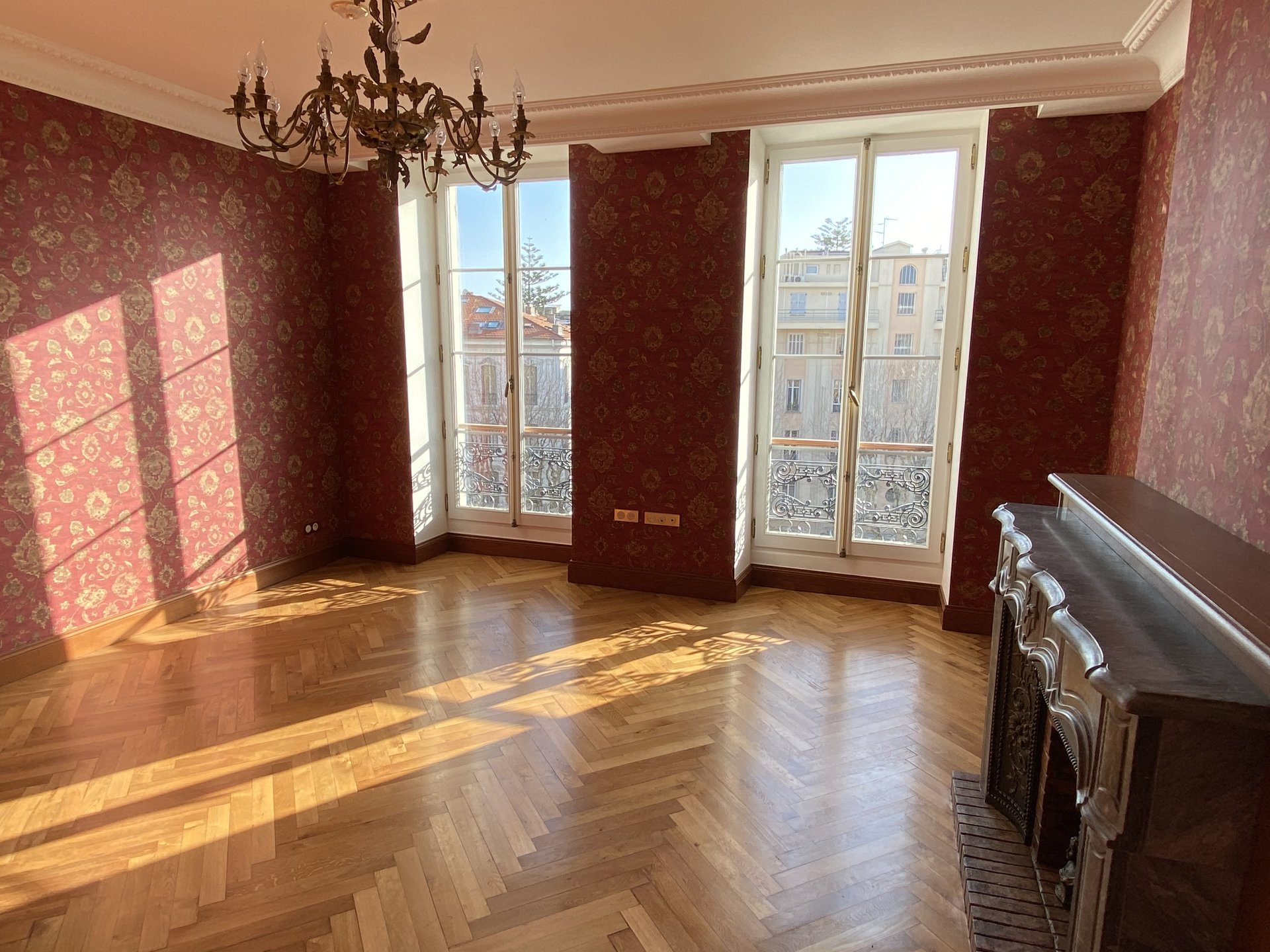 Nice - Carré d'Or - Renewed apartment on the top floor