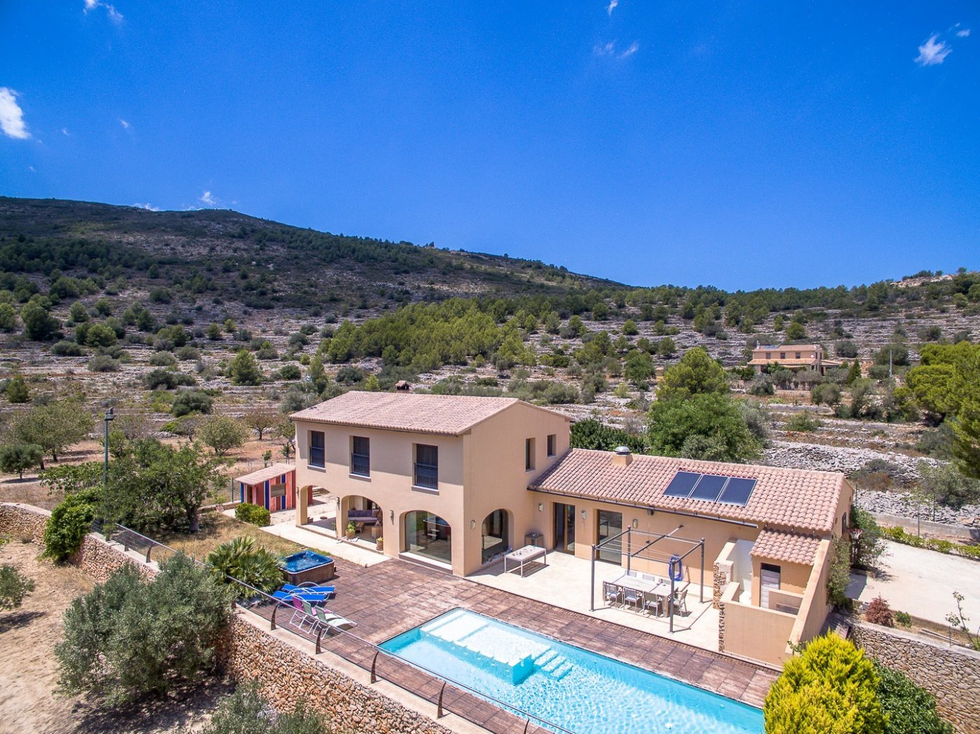 Beautiful large modern finca with total privacy and sea view