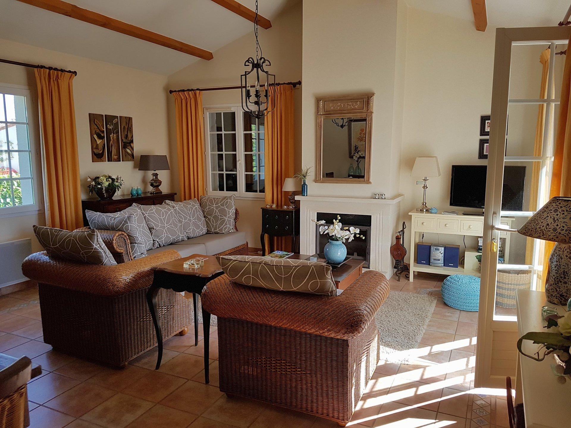 Deux-Sevres (79), golf Les Forges: huis met fantastische terras