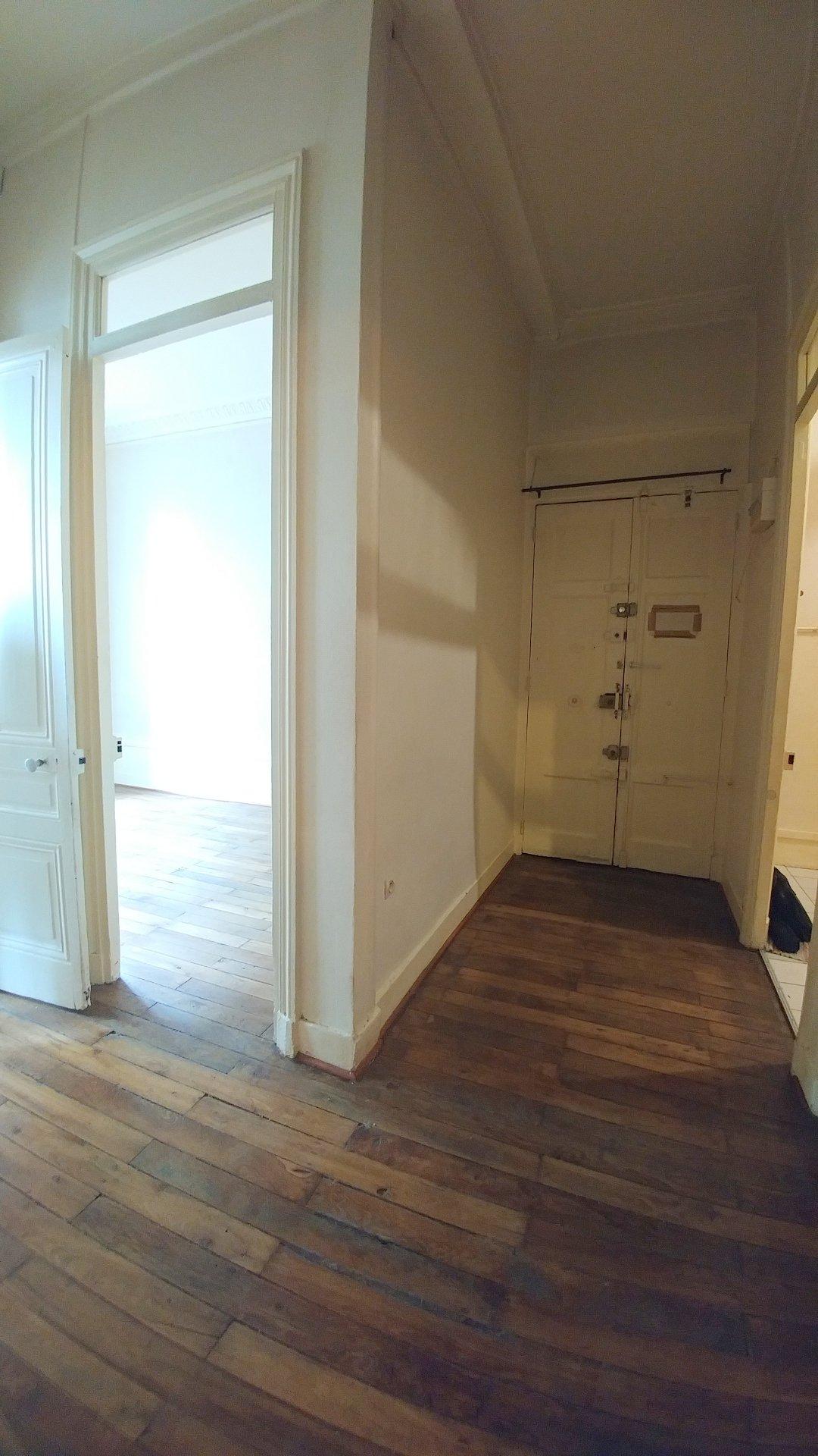 T3 de 58 m² proche place Carnot - SOUS COMPROMIS