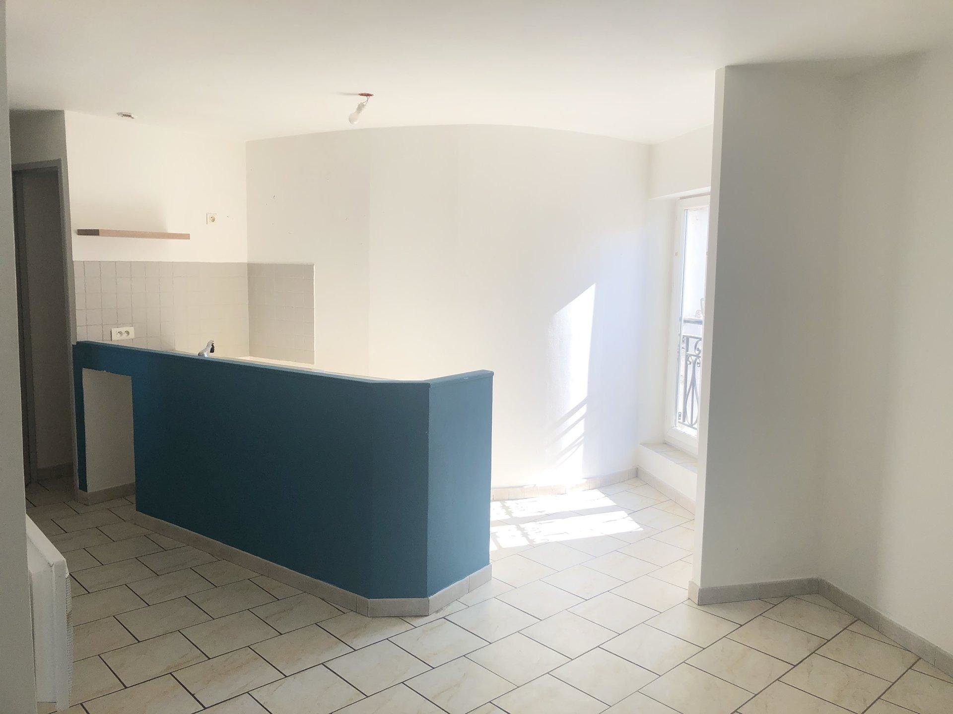 LA CRAU CENTRE APPARTEMENT T2 574€
