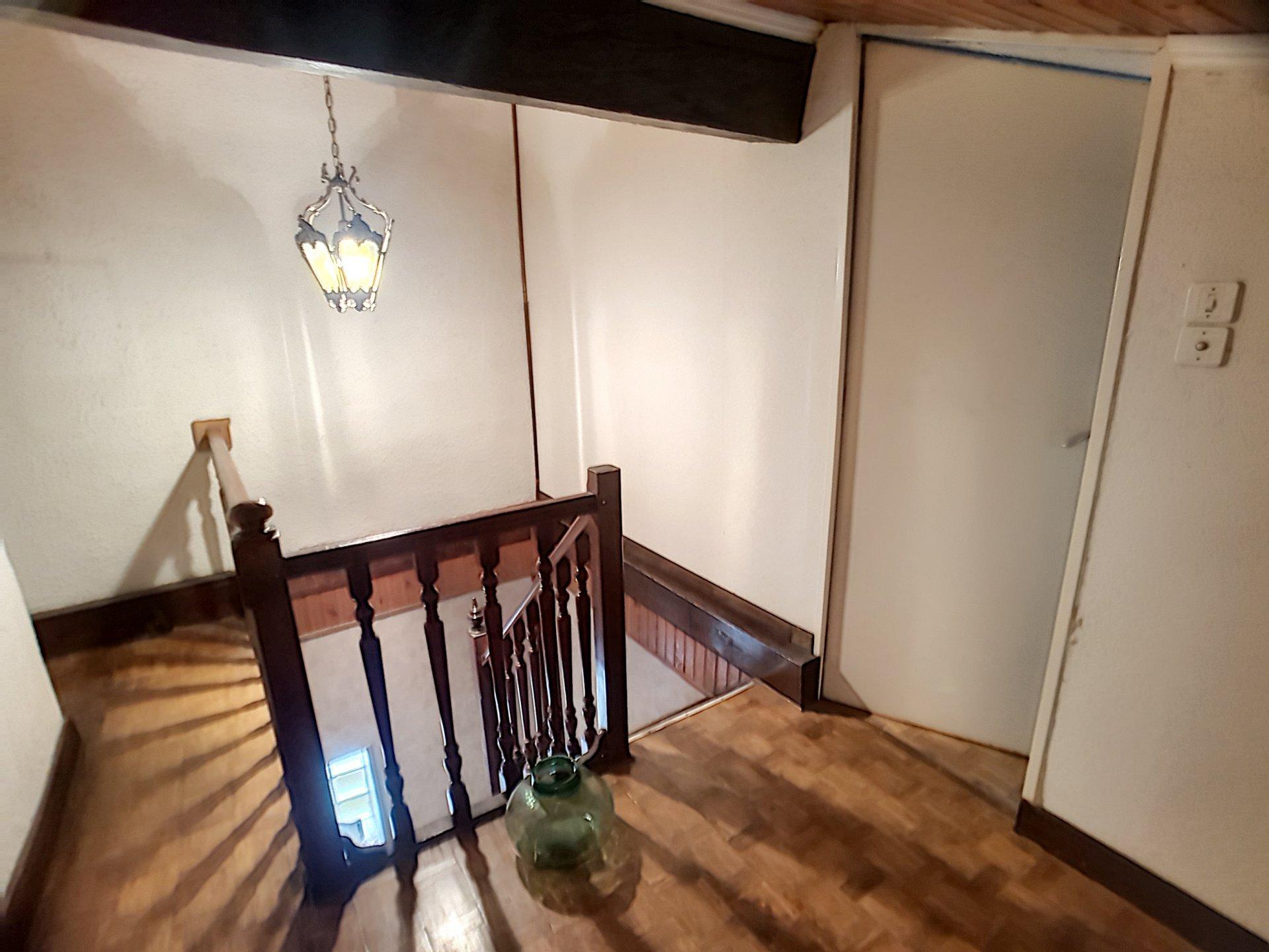 Maison type T4 avec studio au rdc en Exclusivité