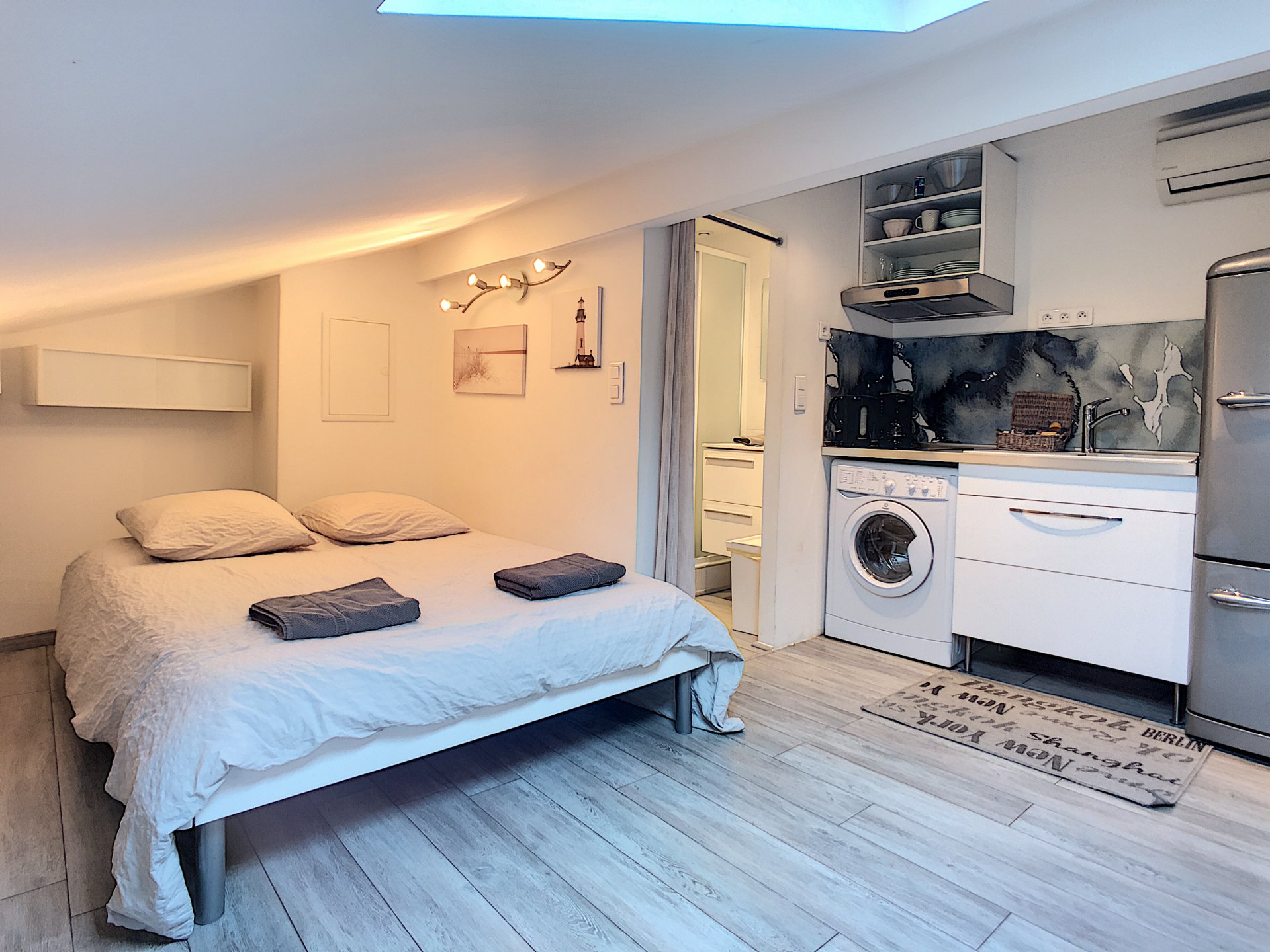 Studio in Cannes, two minutes from Palais des festivals and the Sea