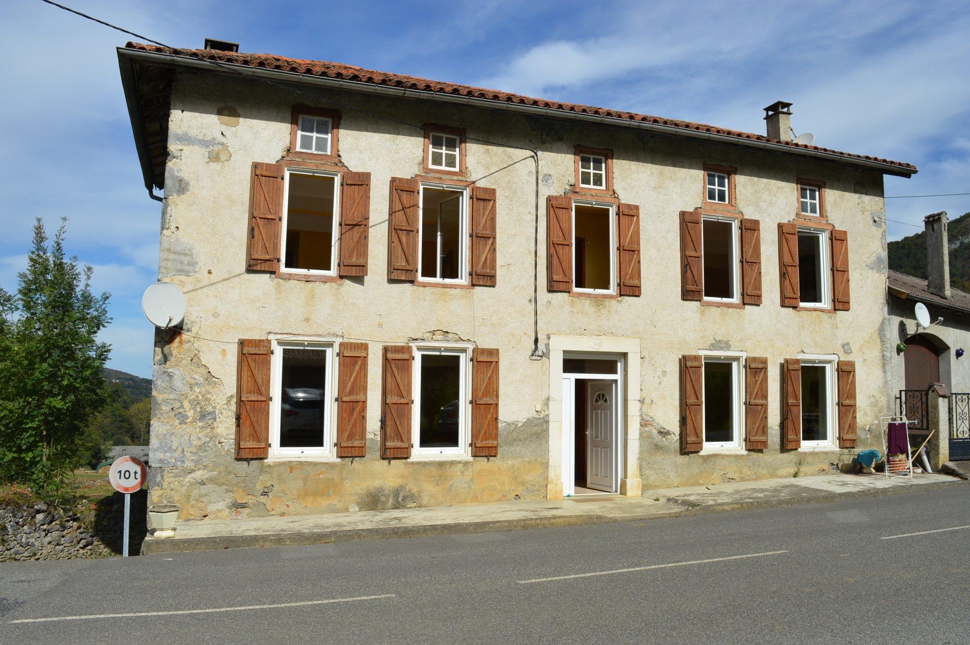 Location Appartement 4 pièces Juzet-d'Izaut 31160