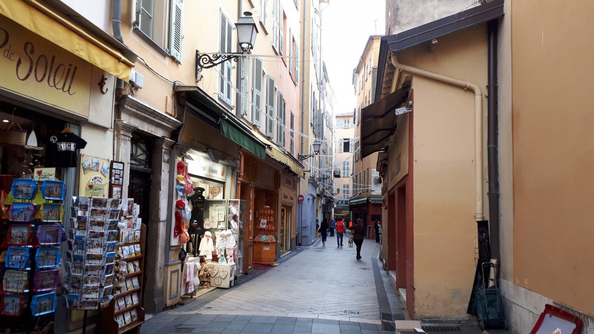 vente Nice 4 pièces 97.70m² situé dans le vieux Nice