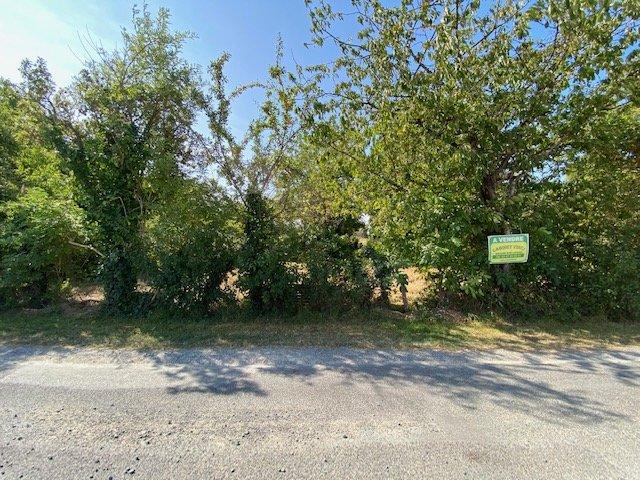 Sale Building land - Savigné-sur-Lathan