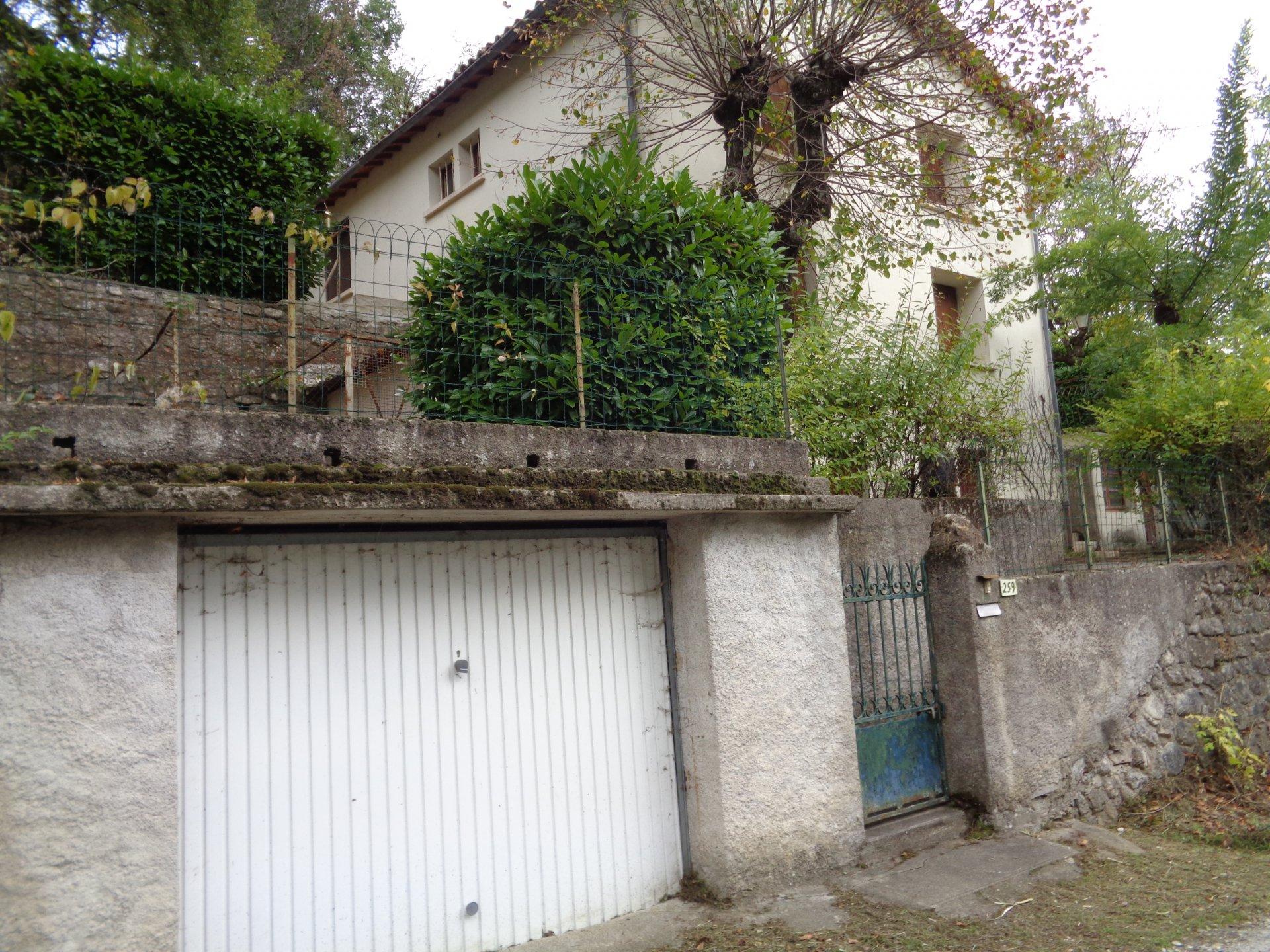 Maison et garage
