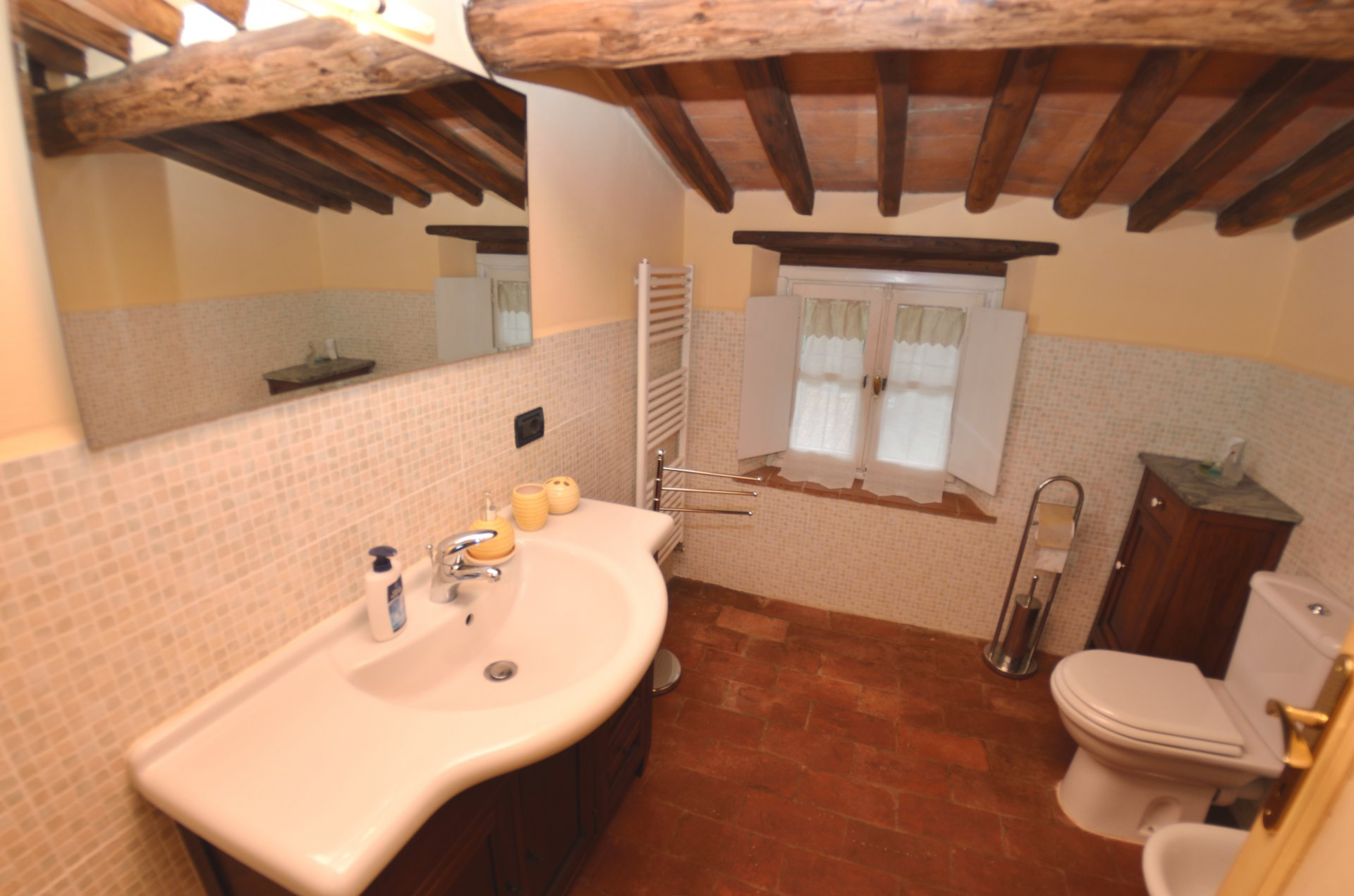 ITALY, TUSCANY, LUCCA, HOUSE WITH POOL,  6 PERSONS