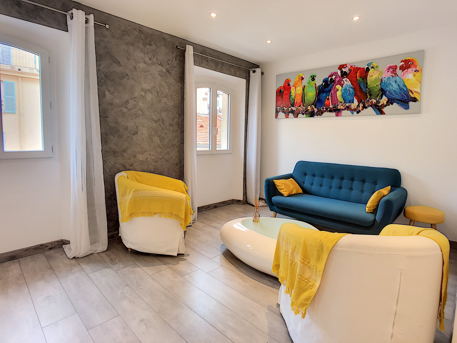 Duplex apartment in the heart of Cannes, two minutes from the sea