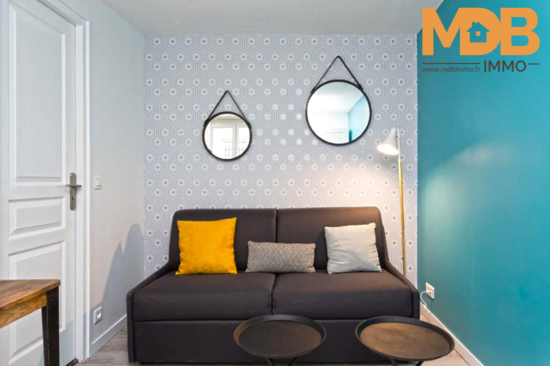 Paris 11éme - Studio refait à neuf - Idéal investisseur - prêt à la location !