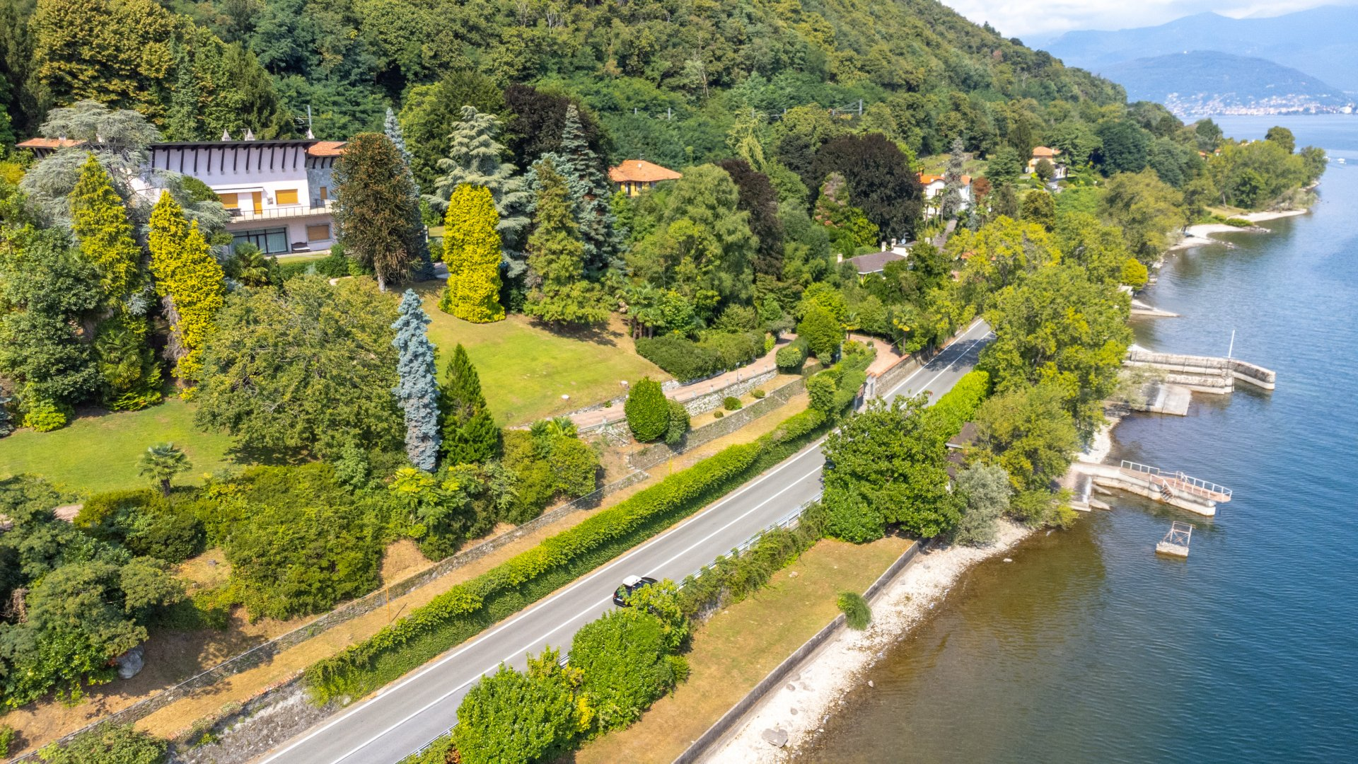 Villa in vendita a Belgirate