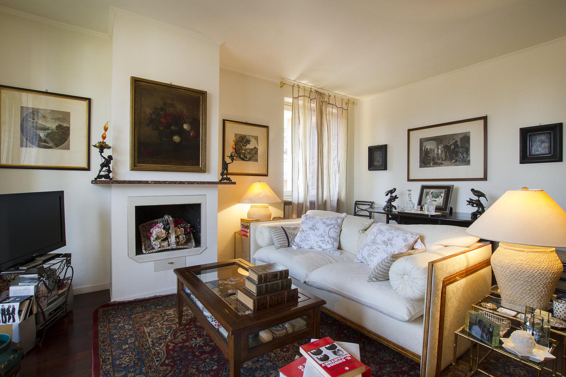 Appartamento ristrutturato in vendita nel centro di Stresa