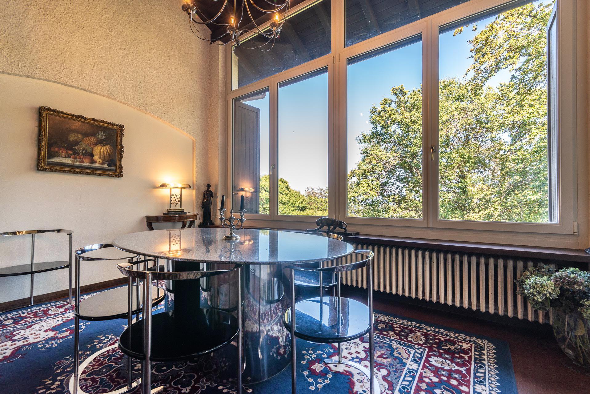 Villa con piscina in vendita all'interno di un residence a Gignese