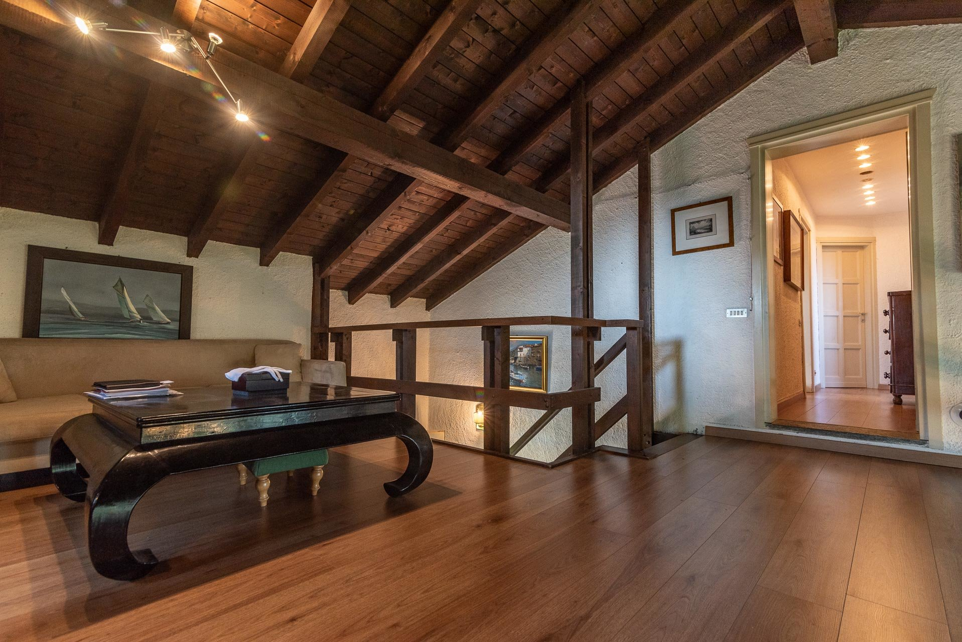 Villa with swimming pool for sale in Gignese - hobby room
