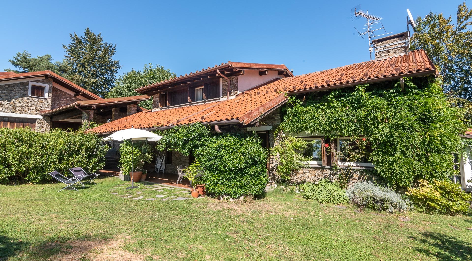 Villa with swimming pool for sale in Gignese - villa