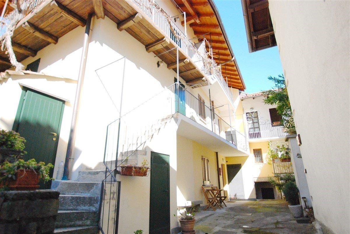 Appartamento bilocale arredato in vendita a Stresa - esterno dell'immobile