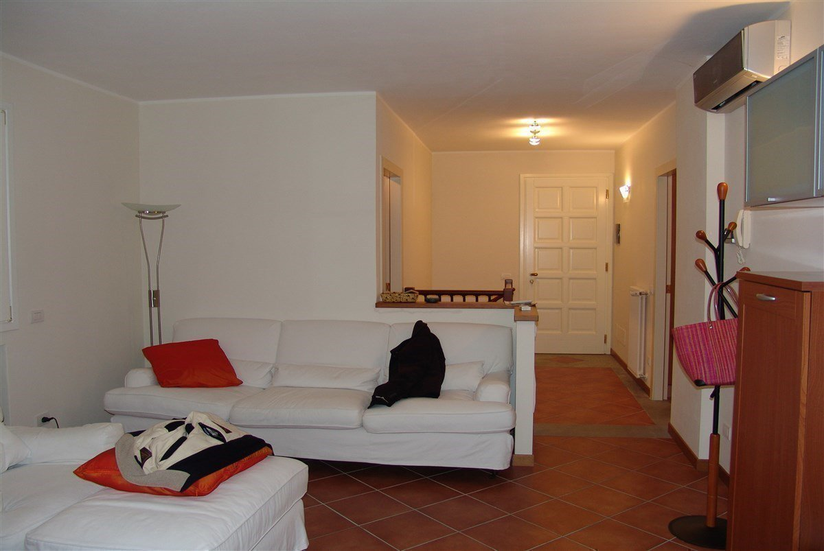 Apartment for sale in Golf Castelconturbia - living room