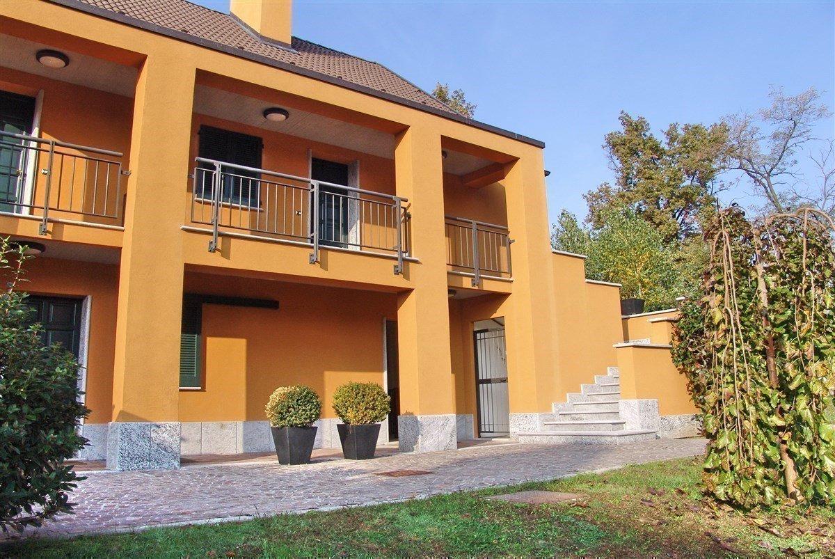 Apartment for sale in Golf Castelconturbia - facade