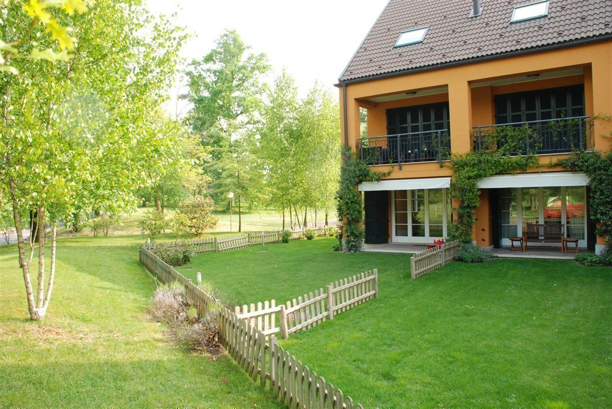 Apartment for sale in Golf Castelconturbia - outside with garden