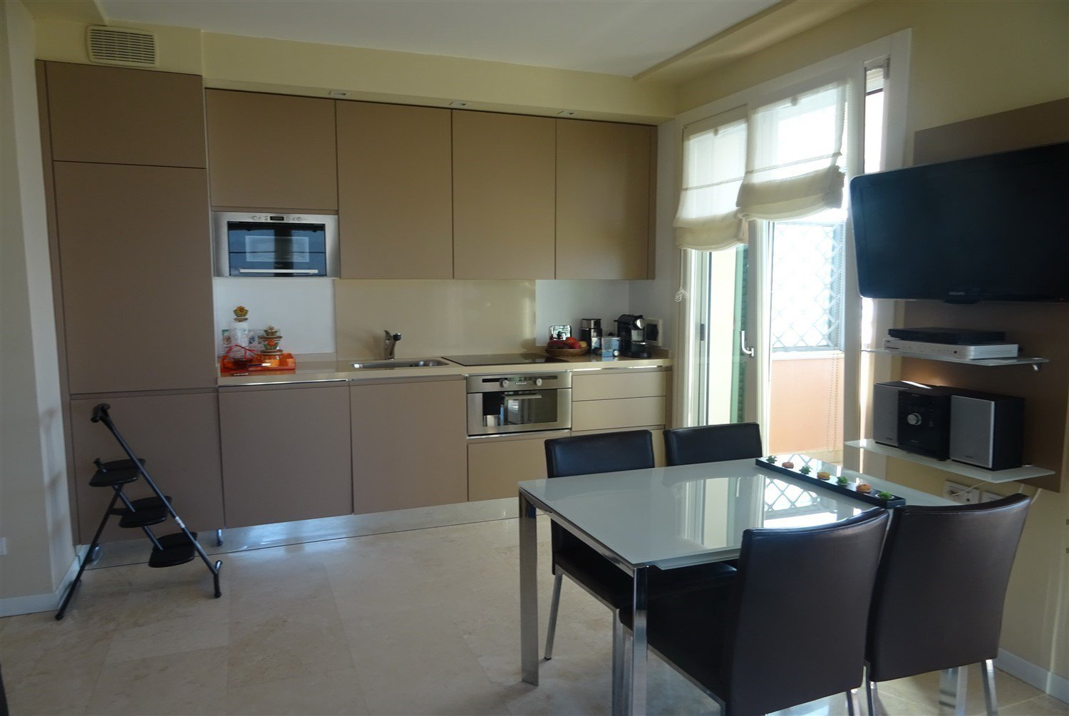 Dream apartment for sale in Sanremo sea-large kitchen