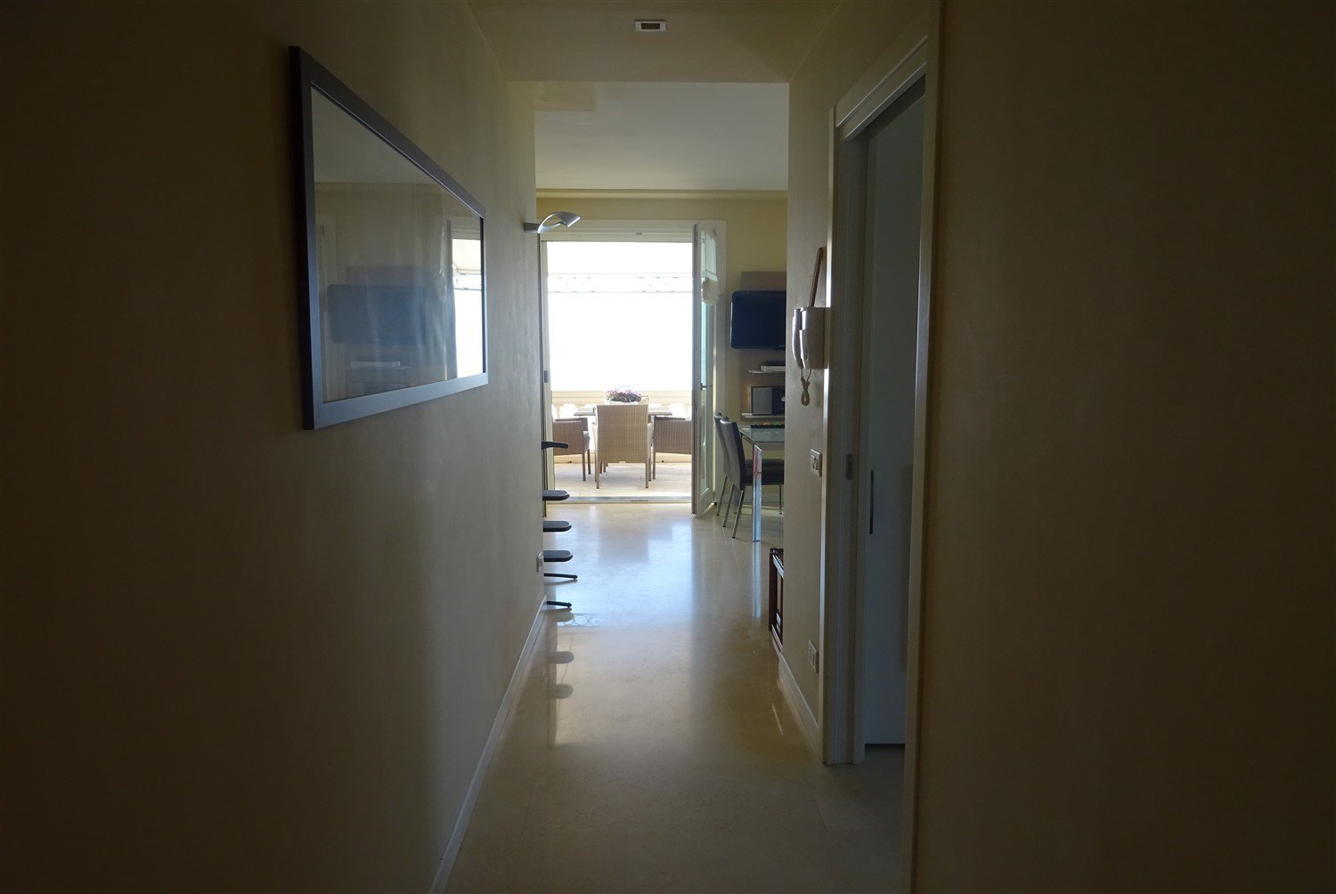 Dream apartment for sale in Sanremo sea view-hallway