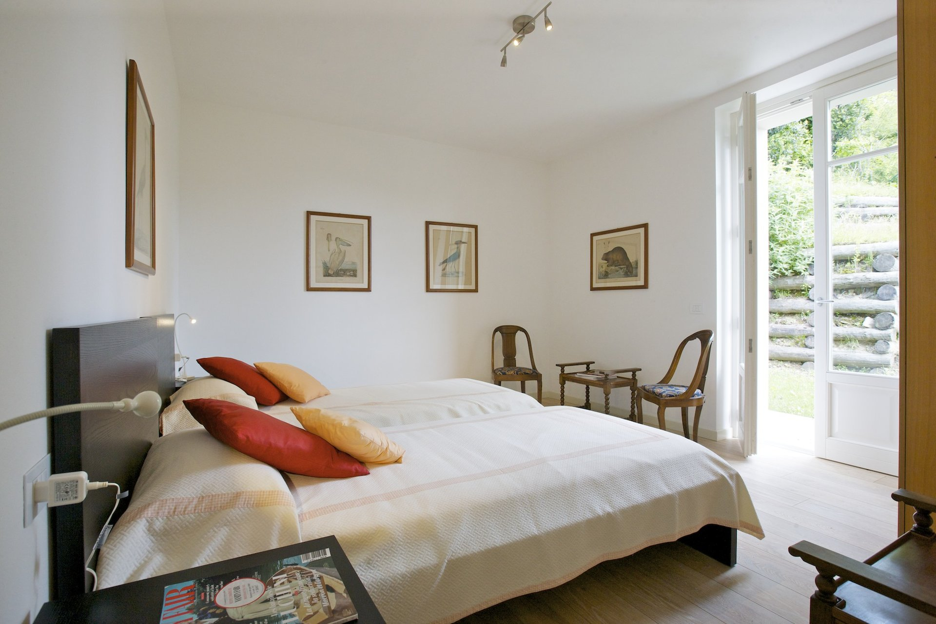 Luxury new villa for sale in Verbania - guest bedroom