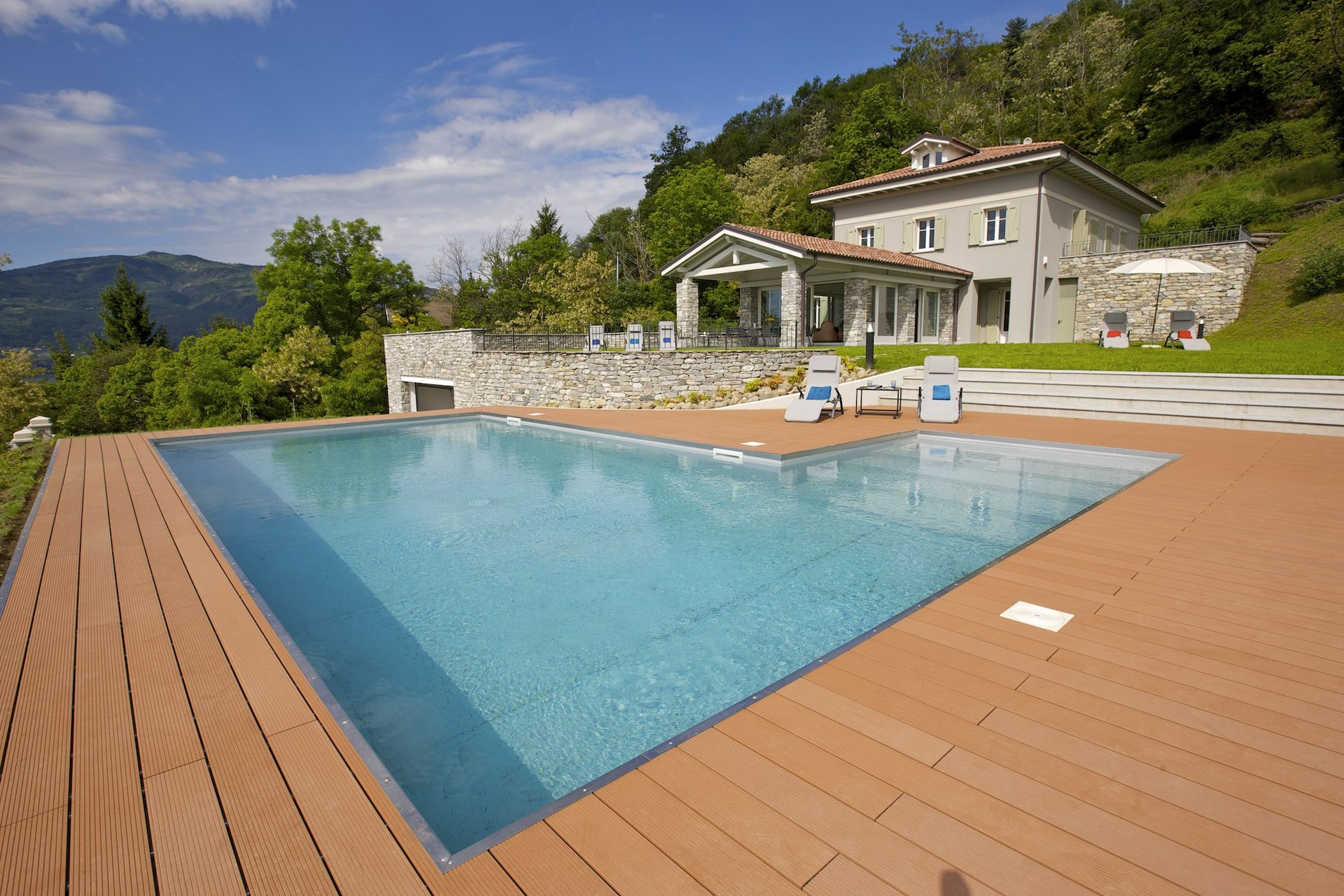 Luxury new villa for sale in Verbania - facade