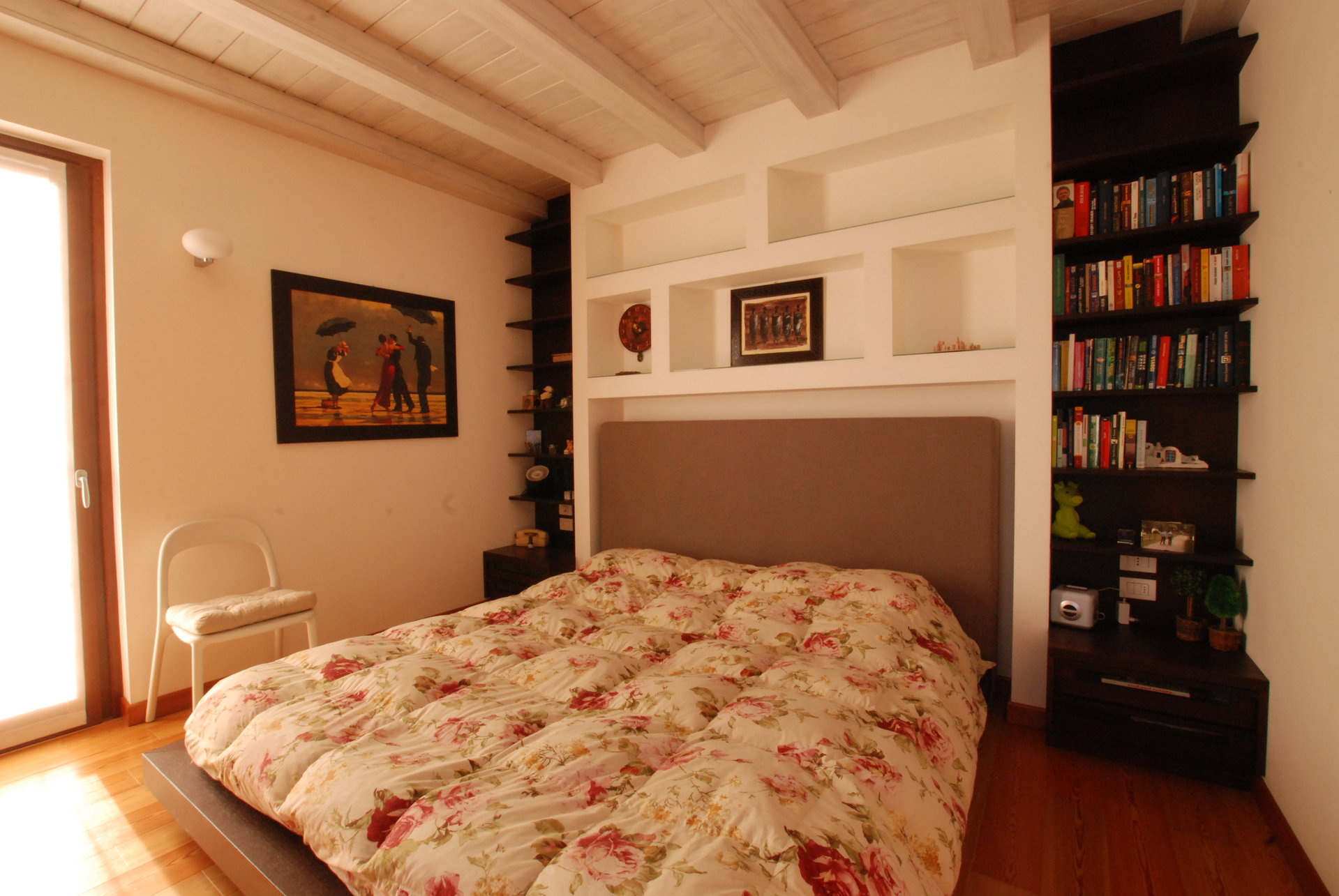 Renovated rustic house for sale in Stresa - bedroom