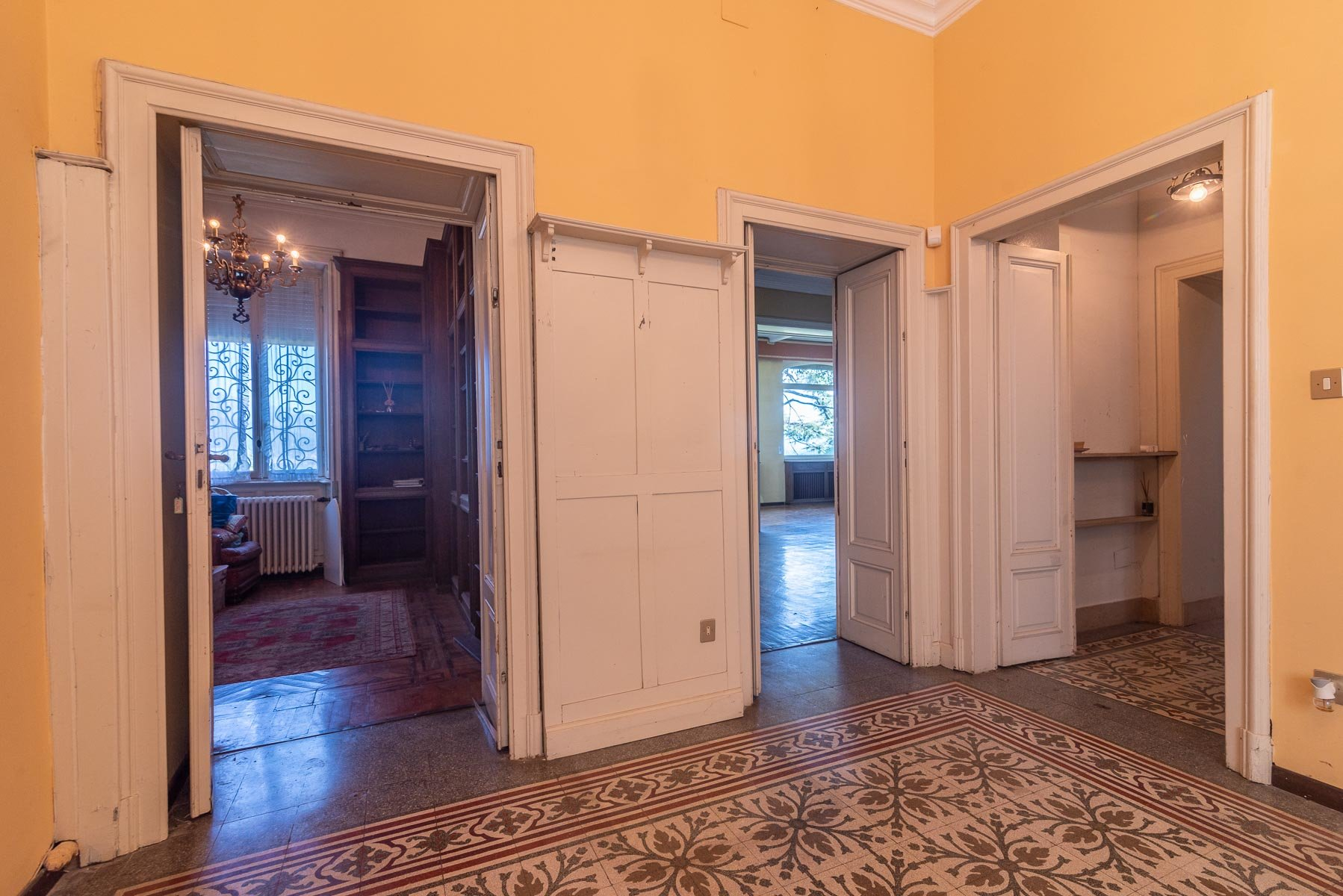 Villa liberty in vendita a Stresa - interno