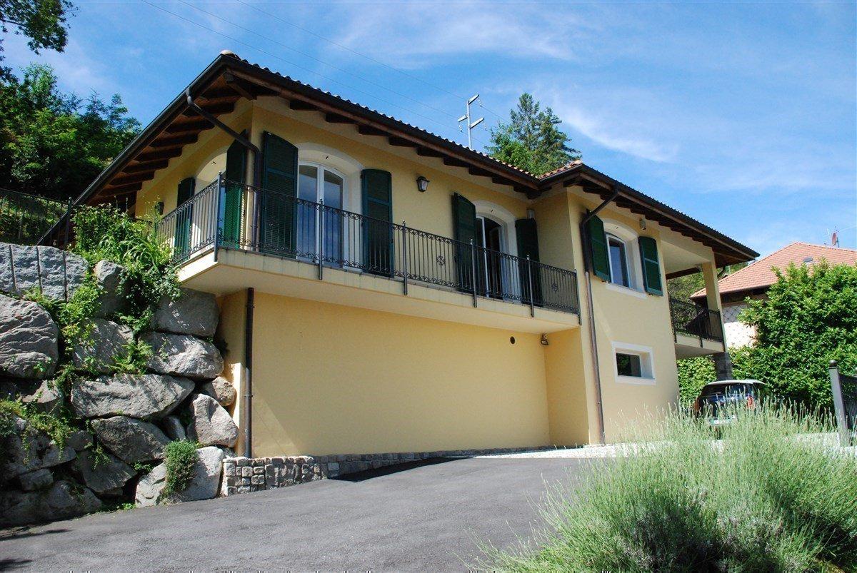 Villa in vendita a Stresa - esterno