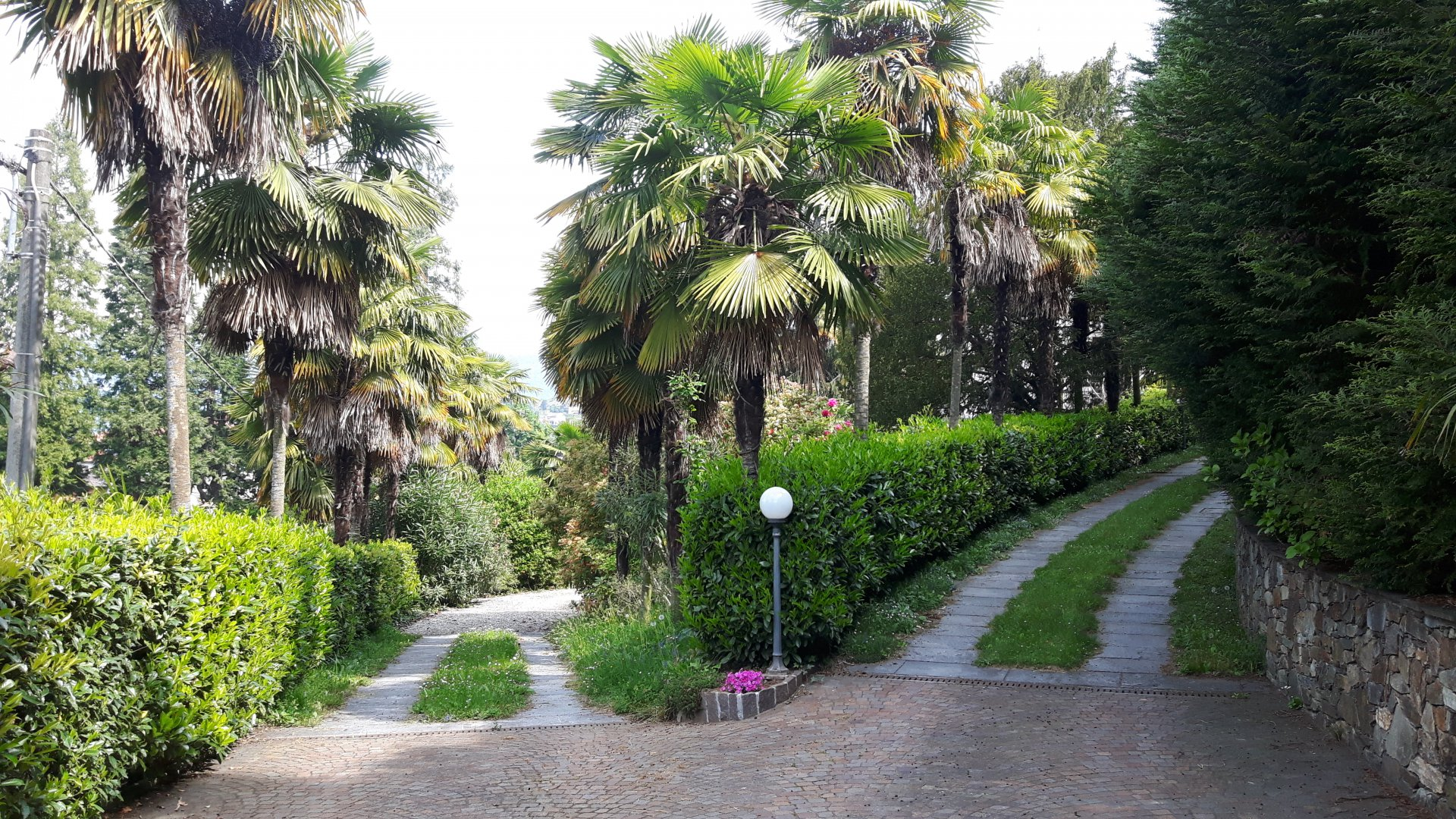 Historic villa for sale in Luino - large park