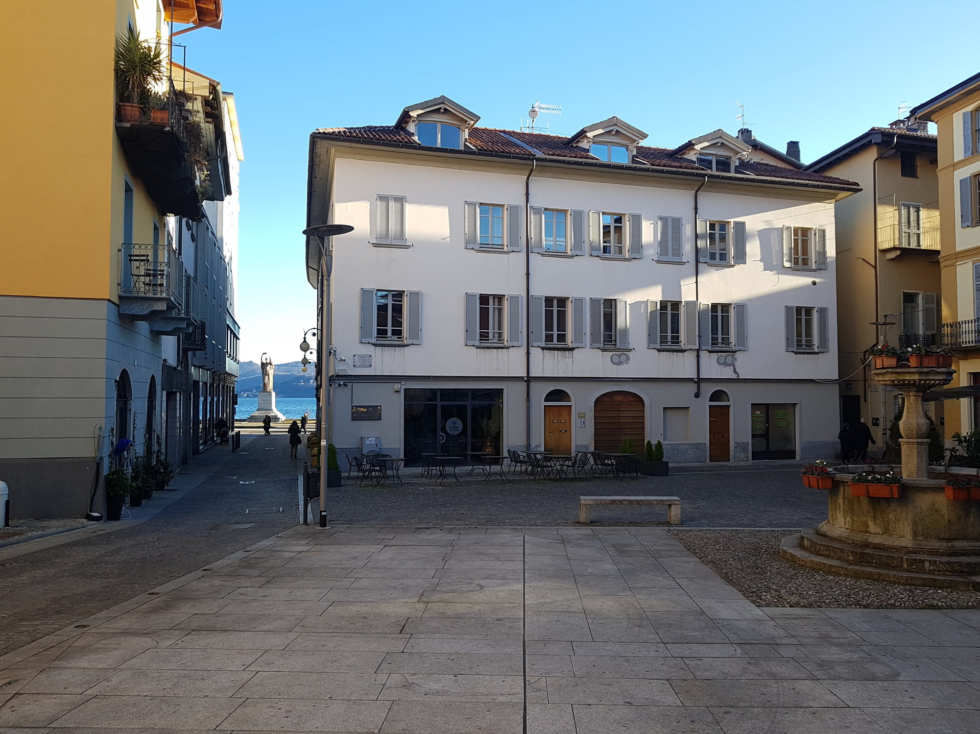 Renovated apartment for sale in Verbania centre - building's outside